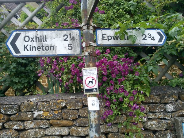 A more standard road sign, left to Oxhill, right to Epwell