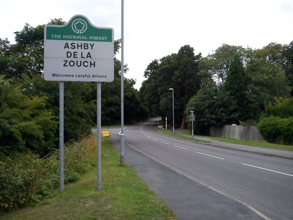 Signpost of 'ASHBY DE LA ZOUCH'